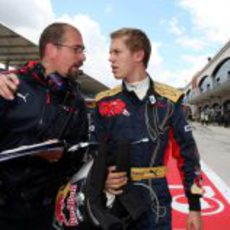 Andrea Landi y Sebastian Vettel