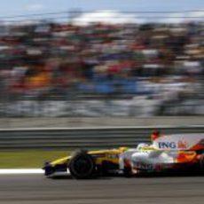 Fernando Alonso en pista