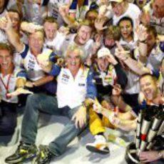 El equipo Renault celebra su victoria