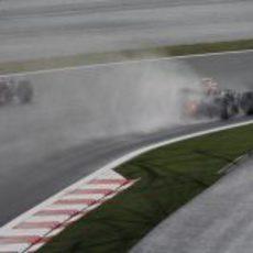 Los dos Red Bull en mojado