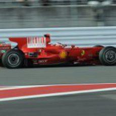 Raikkonen durante la clasificación