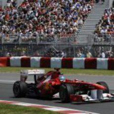 Fernando Alonso durante los libres 3 del GP de Canadá 2011