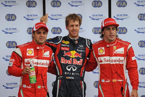 Vettel en la 'pole' con Alonso y Massa justo detrás en el GP de Canadá 2011