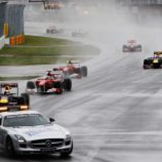 La carrera de Montreal comenzó tras el coche de seguridad