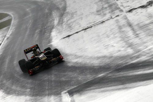 Heidfeld rueda en solitario en Canadá 2011