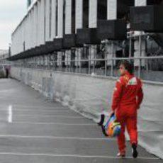 Alonso abandona en el GP de Canadá 2011