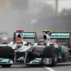 Rosberg y Schumacher ruedan juntos en Canadá 2011