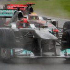 Schumacher por delante de Hamilton en Canadá 2011