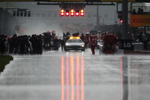 Bandera roja en el GP de Canadá 2011
