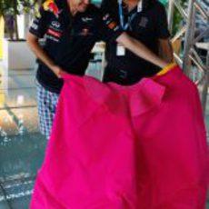 Sebastian Vettel aprende a torear a sus rivales en Valencia