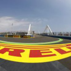 Pirelli se estrena en el Valencia Street Circuit