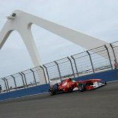 Massa cruza el puente del Valencia Street Circuit