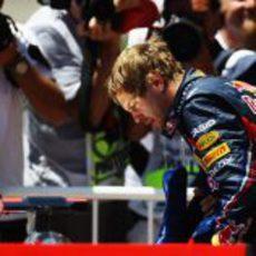 Vettel espía el McLaren de Hamilton en Valencia
