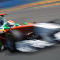Adrian Sutil a toda velocidad en el GP de Europa 2011