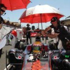 Hamilton en la parrilla de salida del GP de Europa 2011