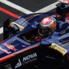 Buemi en la sesión de prácticas del GP de Gran Bretaña 2011
