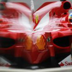 Fernando Alonso reflejado en el GP de Gran Bretaña 2011