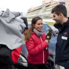 Laia Ferrer entrevista a Jaime Alguersuari en Alemania