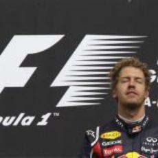 Sebastian Vettel vence también en Spa 2011