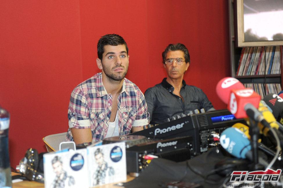 'DJ Squire' en la rueda de prensa de Barcelona
