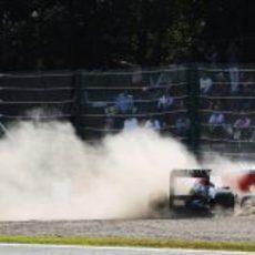 Accidente de Sebastian Vettel en los entrenamientos del GP de Japón 2011