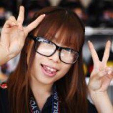 Una de las chicas de Red Bull en el GP de Japón 2011