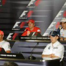 Los cuatro pilotos de la rueda de prensa del jueves