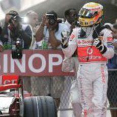Hamilton logra la pole