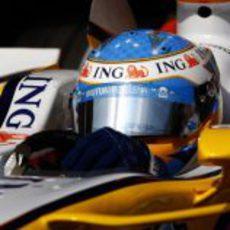 Alonso en su Renault