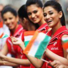 Las 'pitbabes' del GP de India 2011