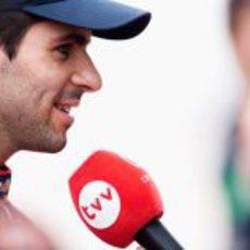 Jaime Alguersuari responde a la reportera de Canal 9