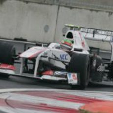 Sergio Pérez con neumáticos intermedios en el GP de Corea 2011