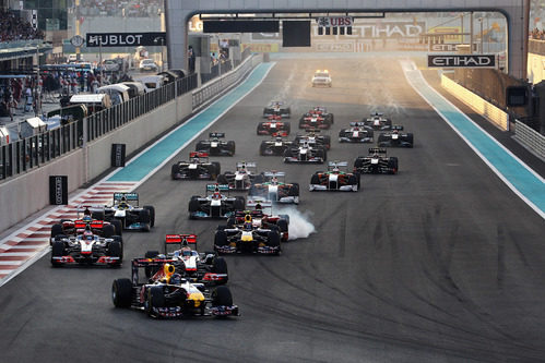 Salida del GP de Abu Dabi 2011