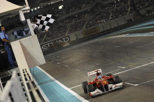 Segunda posición para Fernando Alonso en el GP de Abu Dabi 2011