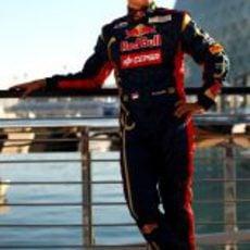 Stefano Coletti con el mono de Toro Rosso en Yas Marina