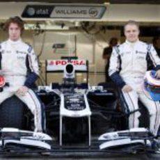 Mirko Bortolotti y Valtteri Bottas con Williams en los test de Abu Dabi 2011
