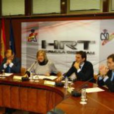 La presidenta del Consejo Superior de Deportes hace las presentaciones