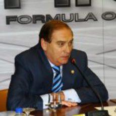 Carlos Gracia en la presentación de Pedro de la Rosa con HRT