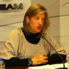 Matilde García habla en la presentación de Pedro de la Rosa con HRT