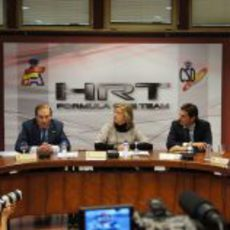 Carlos Gracia habla sobre Pedro de la Rosa en la rueda de prensa