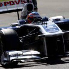Bortolotti rueda con el Williams en los test de Abu Dabi 2011