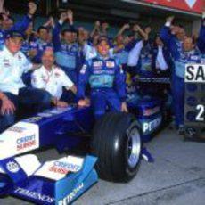 Sauber despide a Kimi Räikkönen tras la temporada 2001