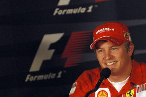Kimi Räikkönen llega al GP de Brasil 2007