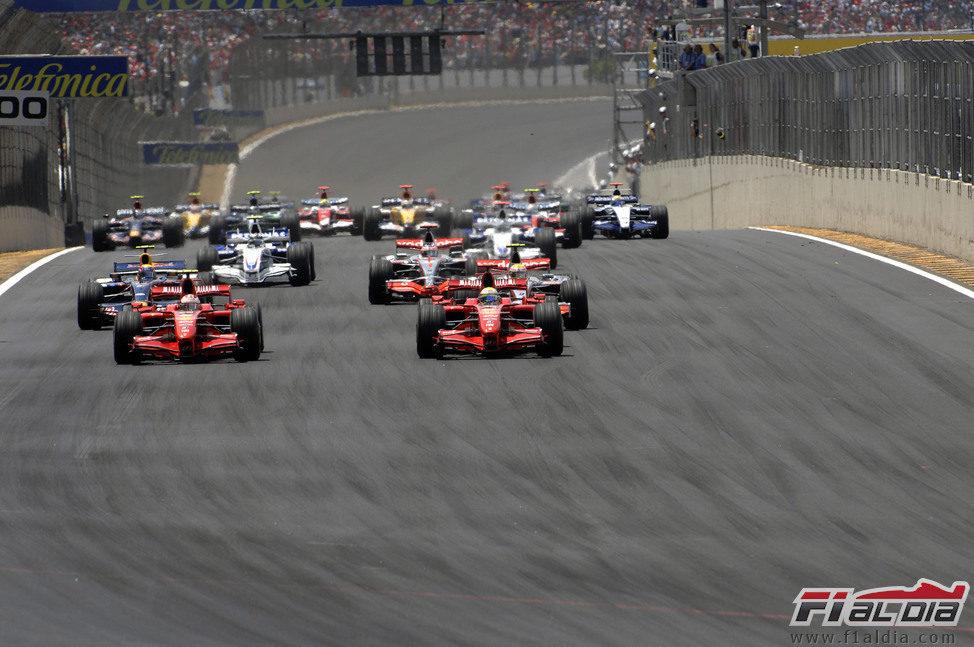 Salida del GP de Brasil 2007