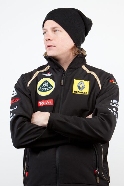 Kimi Räikkönen ficha por Lotus Renault GP para 2012