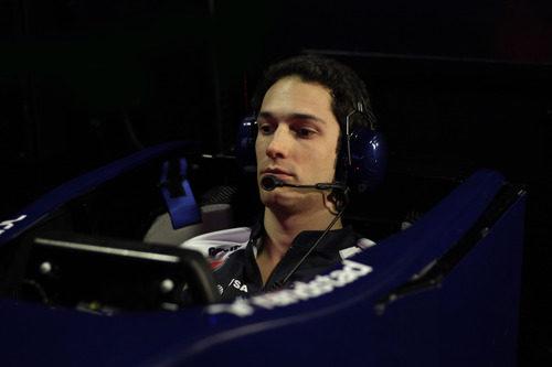 Senna sentado en el simulador de Williams
