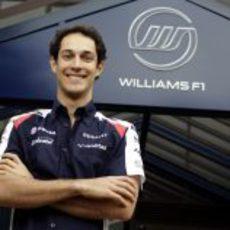 Senna sonríe tras su fichaje por Williams para 2012
