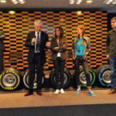 Marco Tronchetti junto a Inés Sastre, Bianca Balti y Vitaly Petrov