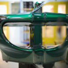 Pontón lateral del nuevo Caterham CT01