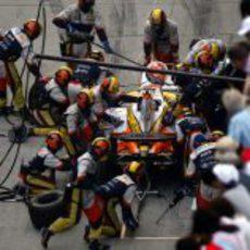 Alonso para a repostar
